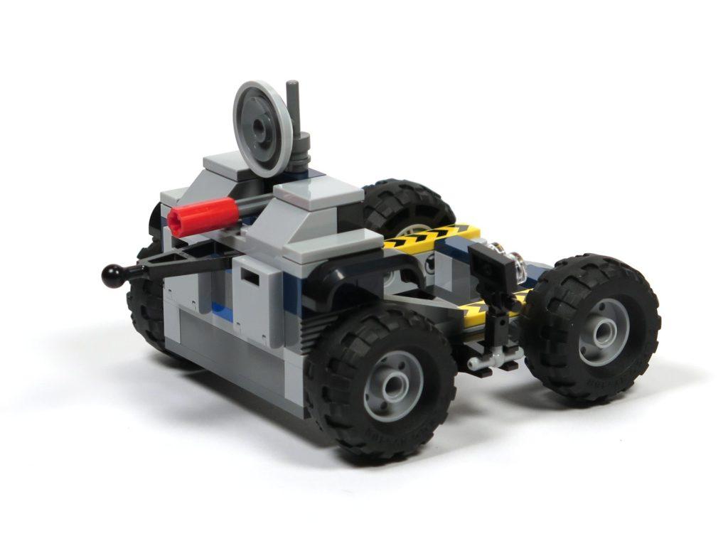 LEGO® Jurassic World Carnotaurus (75929) - Bauabschnitt 3 - Anhänger, vorne links | ©2018 Brickzeit
