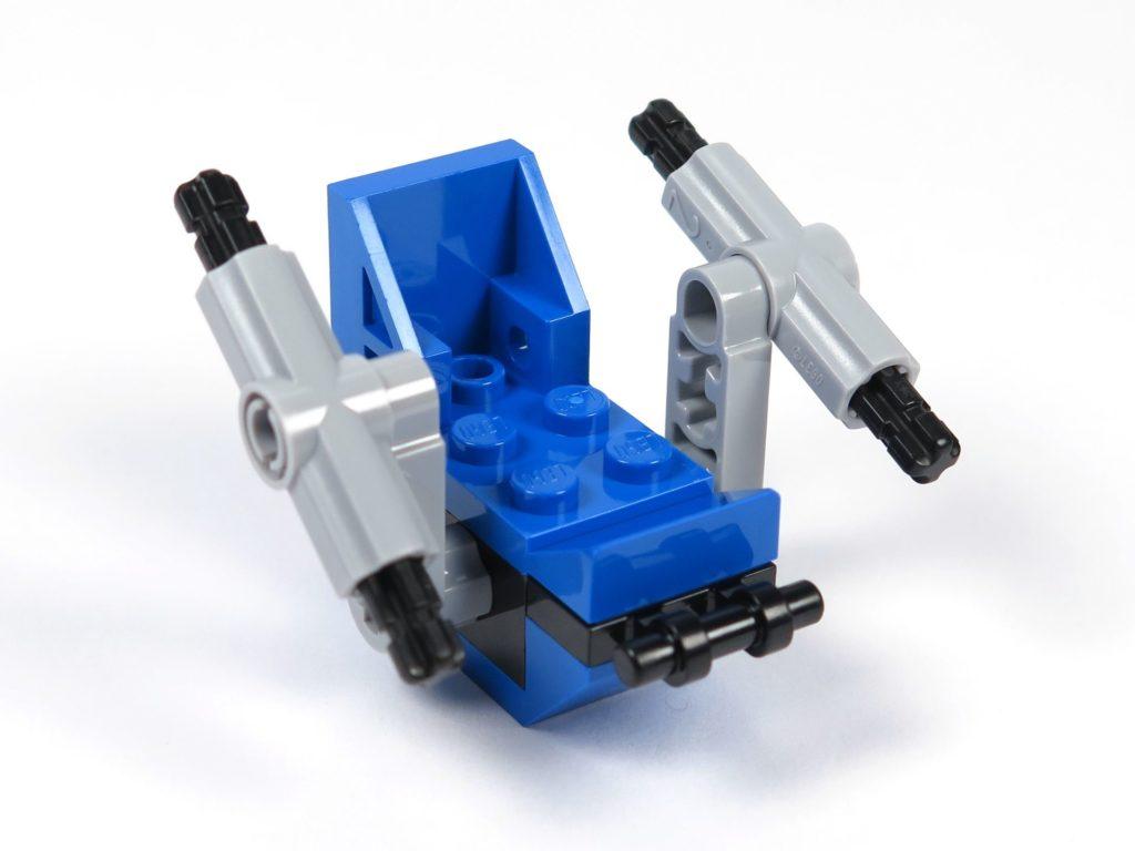 LEGO® Jurassic World Carnotaurus (75929) - Bauabschnitt 3 - Gyrosphere Sitz vorne rechts | ©2018 Brickzeit