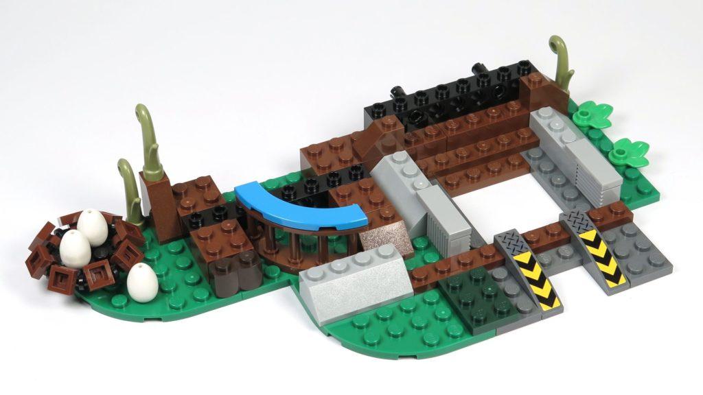 LEGO® Jurassic World Carnotaurus (75929) - Bauabschnitt 4, Teil 1 - Grundaufbau | ©2018 Brickzeit