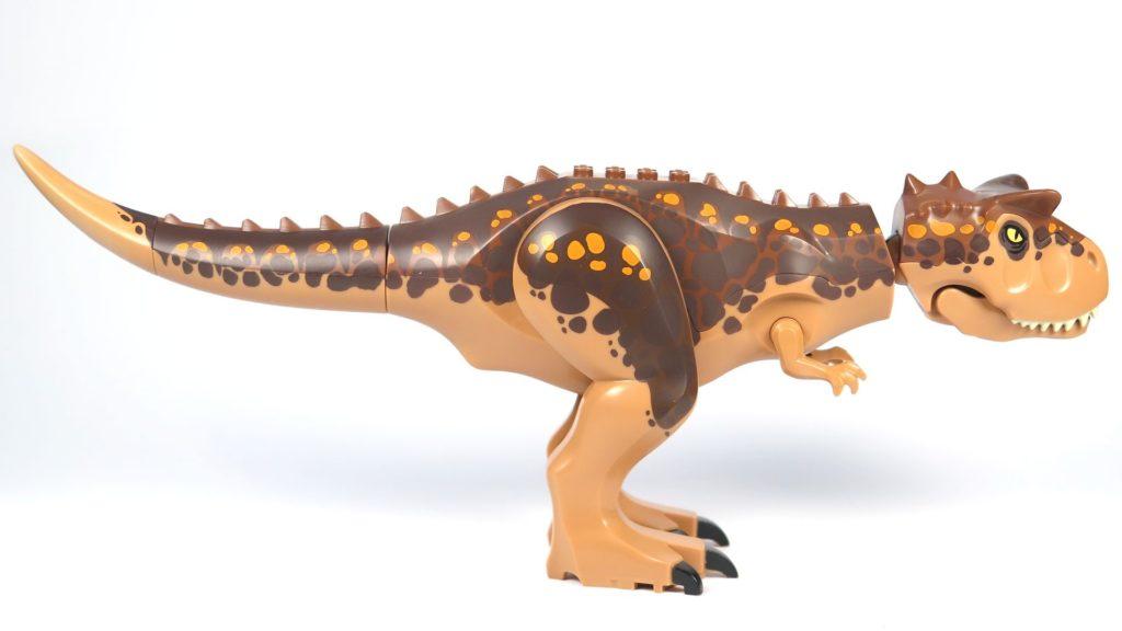 LEGO® Jurassic World Carnotaurus (75929) - Carnotaurus rechte Seite | ©2018 Brickzeit