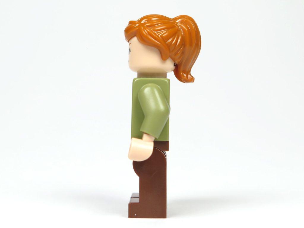 LEGO® Jurassic World Carnotaurus (75929) - Minifigur Claire, linke Seite | ©2018 Brickzeit