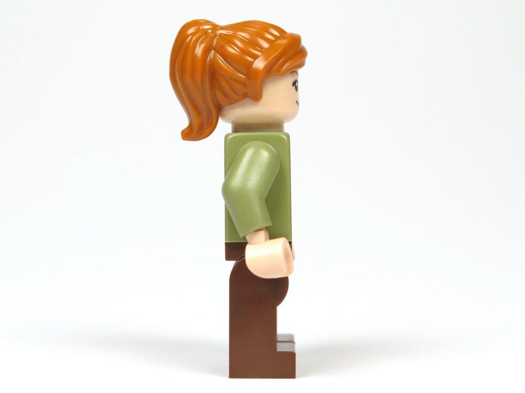 LEGO® Jurassic World Carnotaurus (75929) - Minifigur Claire, rechte Seite | ©2018 Brickzeit