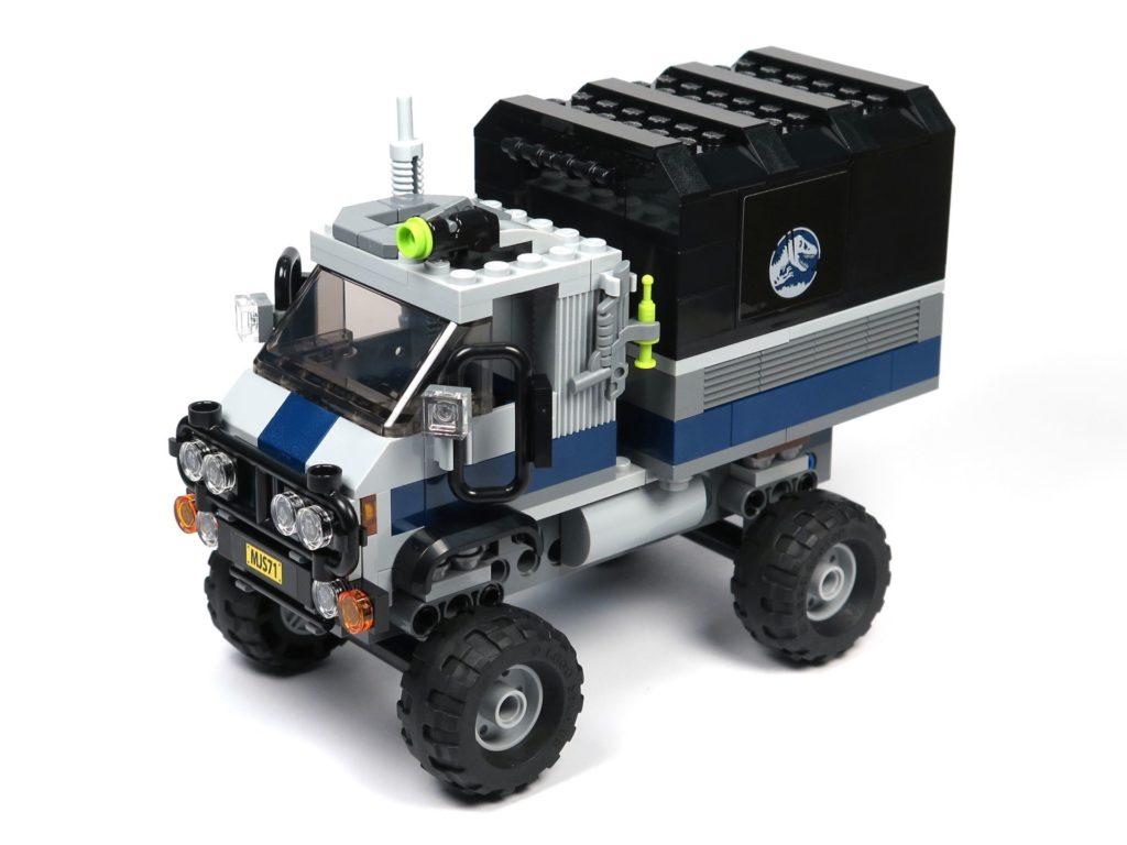 LEGO® Jurassic World Carnotaurus (75929) - Truck, vorne links | ©2018 Brickzeit