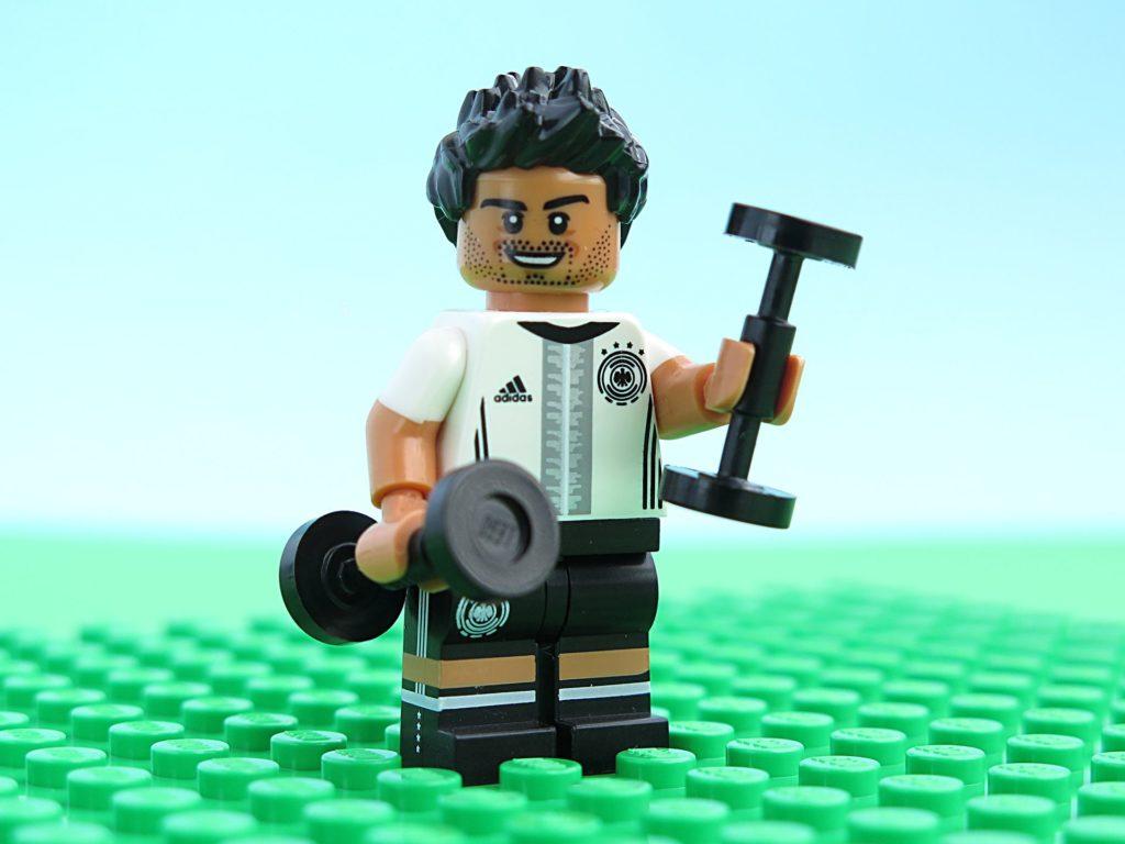 Deutsche LEGO® Nationalmannschafft - Krafttraining | ©2018 Brickzeit