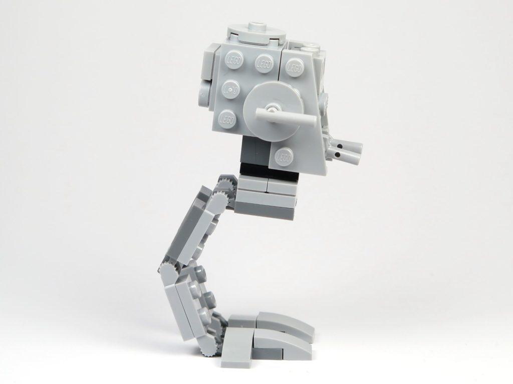 LEGO® Star Wars™ Magazin Nr. 37 - AT-ST - rechte Seite | ©2018 Brickzeit