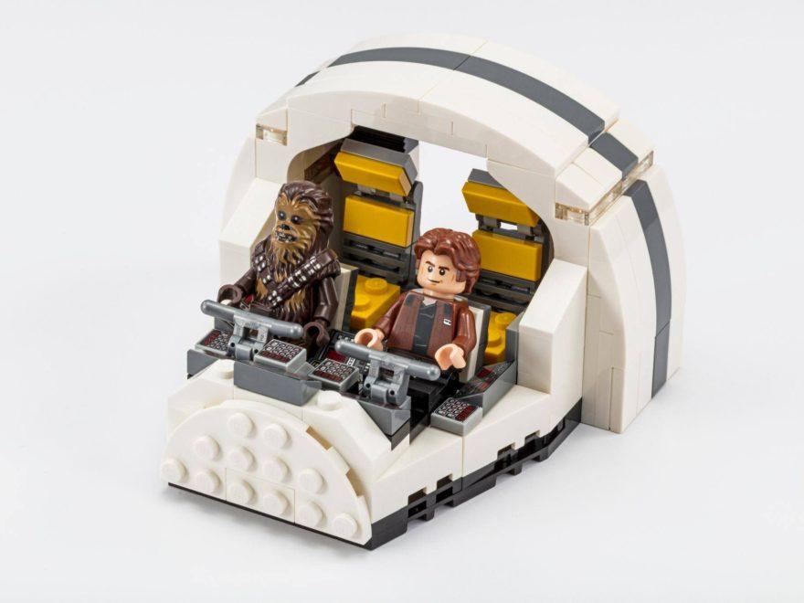 LEGO® Star Wars™ Millennium Falcon Cockpit (75512) - Bild 1 | ©2018 LEGO Gruppe