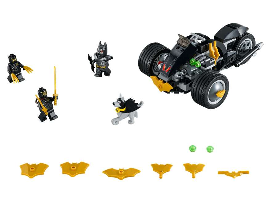 LEGO® DC Comics™ Super Heroes Batman™: The Attack of the Talons (76110) - komplettes Set | ©2018 LEGO Gruppe
