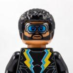LEGO® DC Comics™ Black Lightning Minifigur - Titelbild | ©LEGO Gruppe