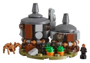 LEGO® 71043 - Hagrids Hütte mit Aragog | ©2018 LEGO Gruppe