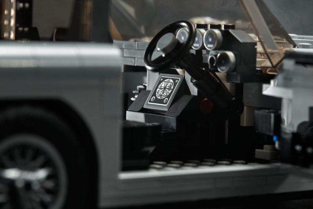 LEGO® James Bond Aston Martin DB5 (10262) - Bild 11   ©2018 LEGO Gruppe