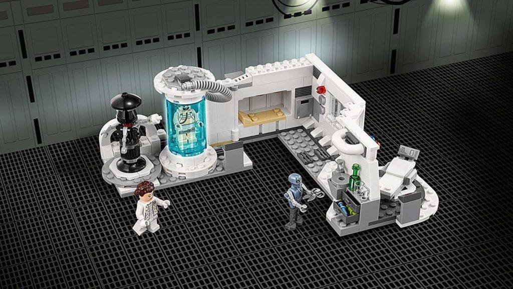 LEGO® Star Wars™ Heilkammer auf Hoth (75203) Set mit Hintergrund | ©2018 LEGO Gruppe
