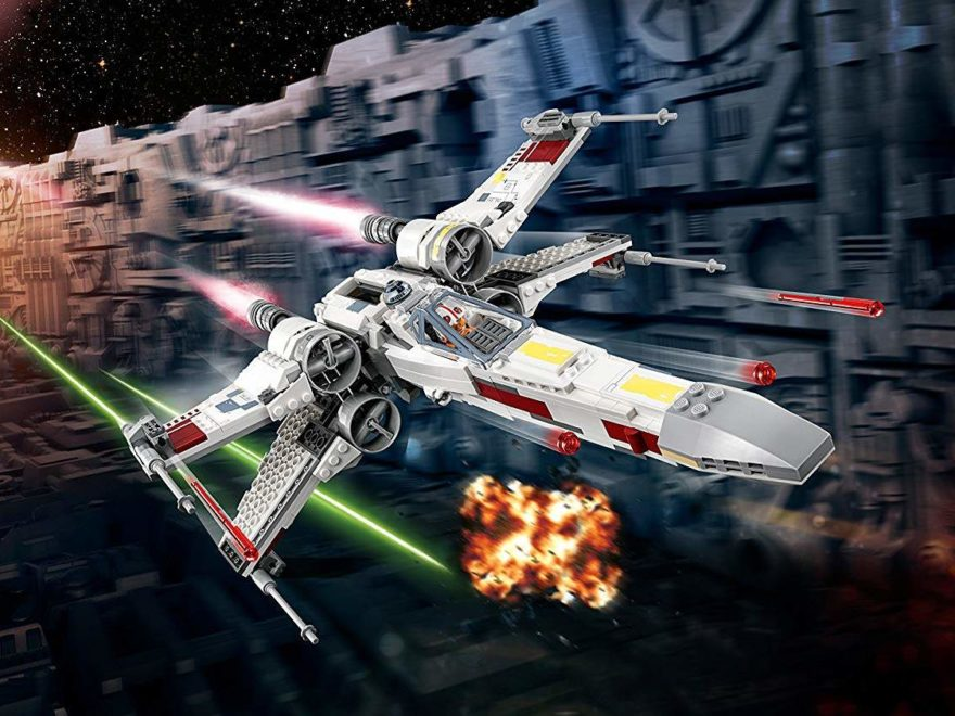 LEGO® Star Wars™ X-Wing Starfighter (75219) im Anflug | ©2018 LEGO Gruppe