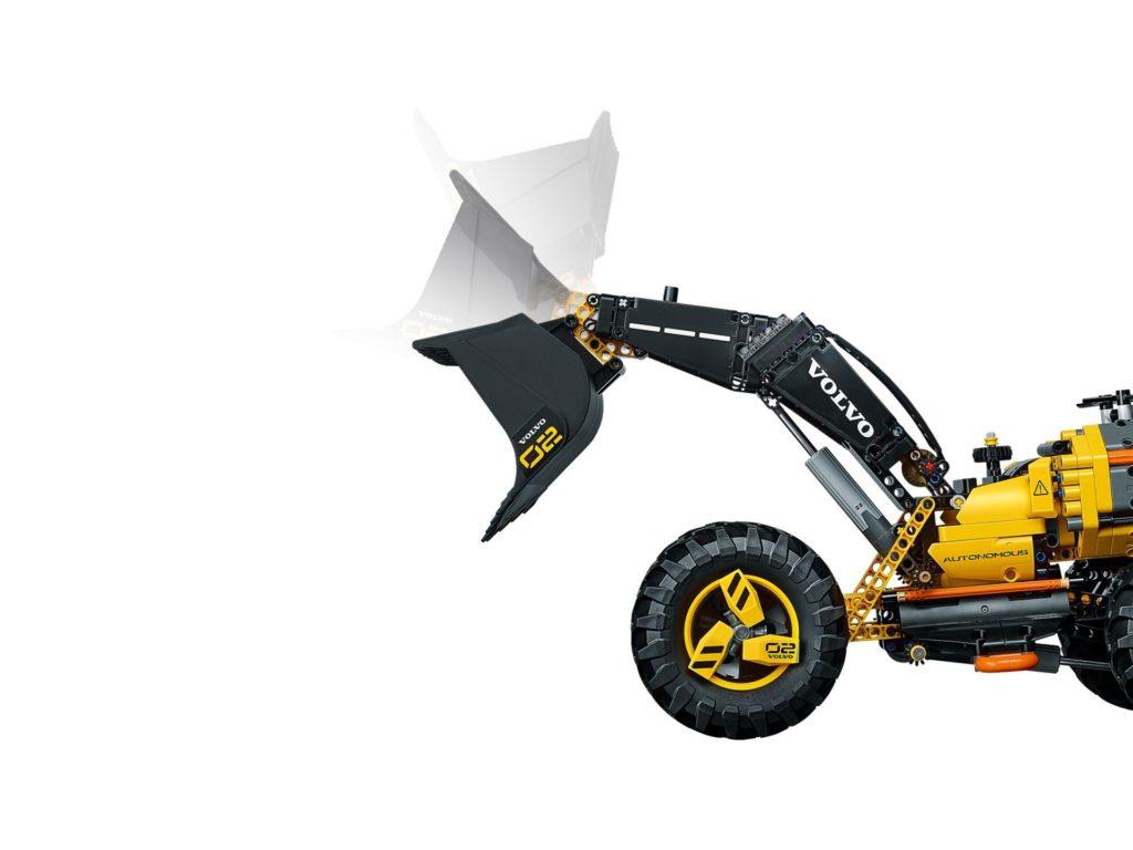 LEGO® Technic Volvo Konzept-Radlader ZEUX (42081) - Bild 4 | ©2018 LEGO Gruppe
