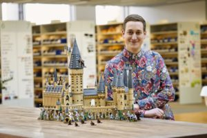 LEGO 71043 - Designer mit Schloss Hogwarts | ©LEGO Gruppe