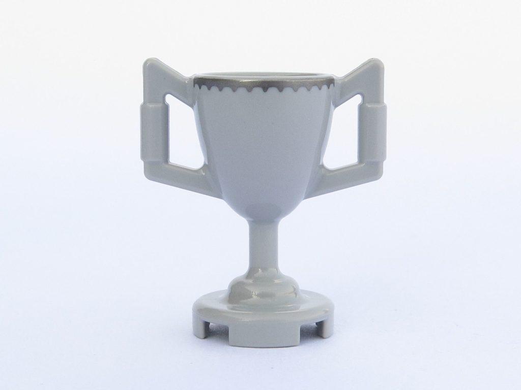 LEGO 71022 - Minifigur 12 - Trimagischer Pokal - Rückseite | ©2018 Brickzeit