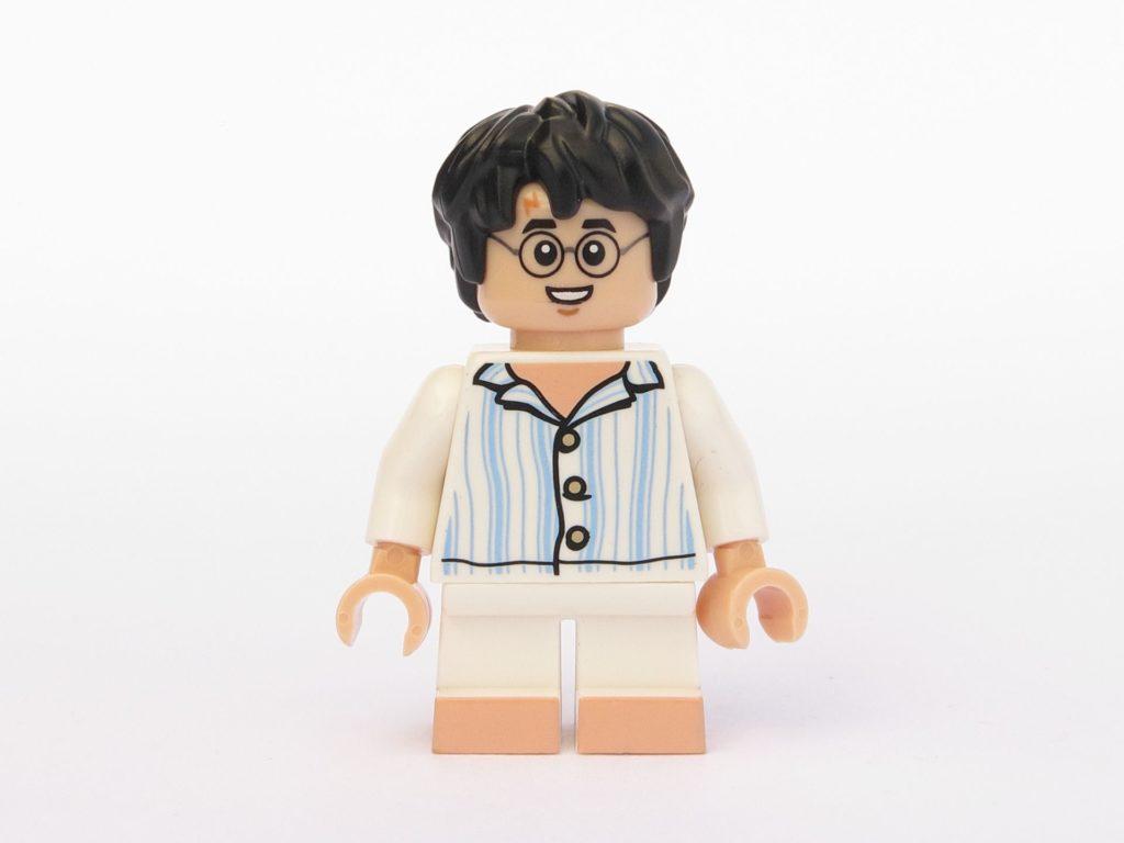 LEGO 71022 - Minifigur 15 - Harry Potter im Schlafanzug - Vorderseite | ©2018 Brickzeit