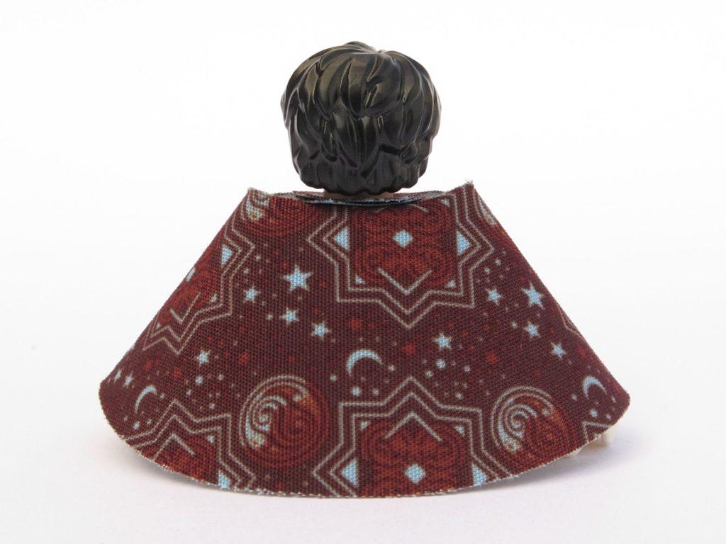LEGO 71022 - Minifigur 15 - Harry Potter im Schlafanzug - Umhang, Rückseite | ©2018 Brickzeit