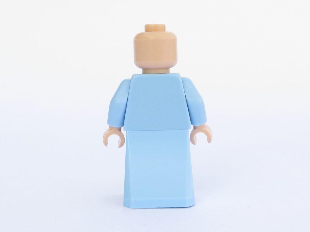 LEGO 71022 - Minifigur 16 - Albus Dumbledore - Rückseite ohne Haare | ©2018 Brickzeit