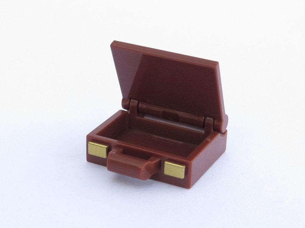 LEGO 71022 - Minifigur 17 - Koffer Vorderseite | ©2018 Brickzeit
