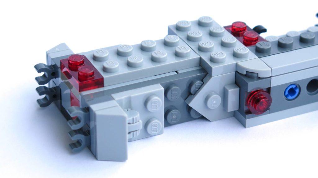 LEGO® 75211 Imperial TIE Fighter - Bauabschnitt 1 - Zierplatten befestigt | ©2018 Brickzeit