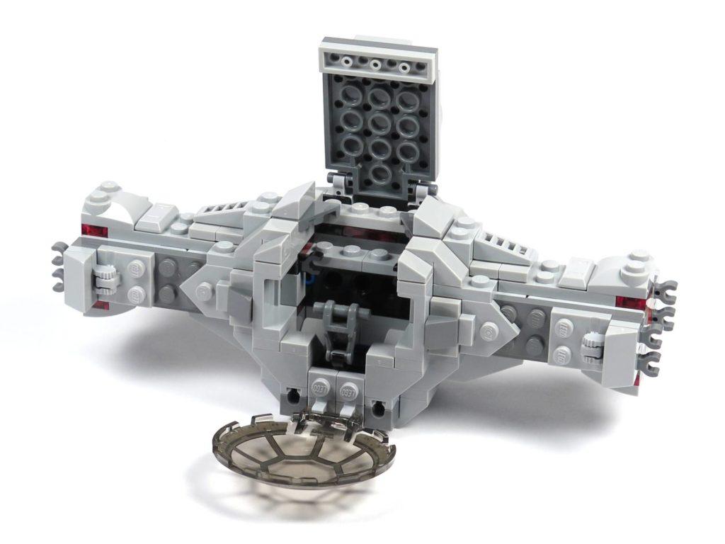 LEGO® 75211 Imperial TIE Fighter - Bauabschnitt 2 - fertig, offen | ©2018 Brickzeit