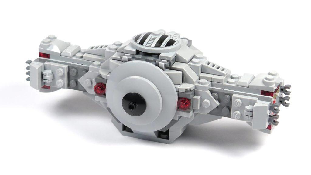 LEGO® 75211 Imperial TIE Fighter - Bauabschnitt 2 - fertige Rückseite | ©2018 Brickzeit