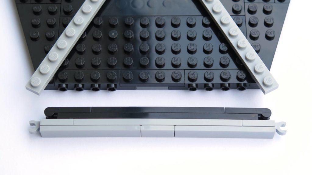 LEGO® 75211 Imperial TIE Fighter - Bauabschnitt 3 - Umrandung, kurze Seite | ©2018 Brickzeit