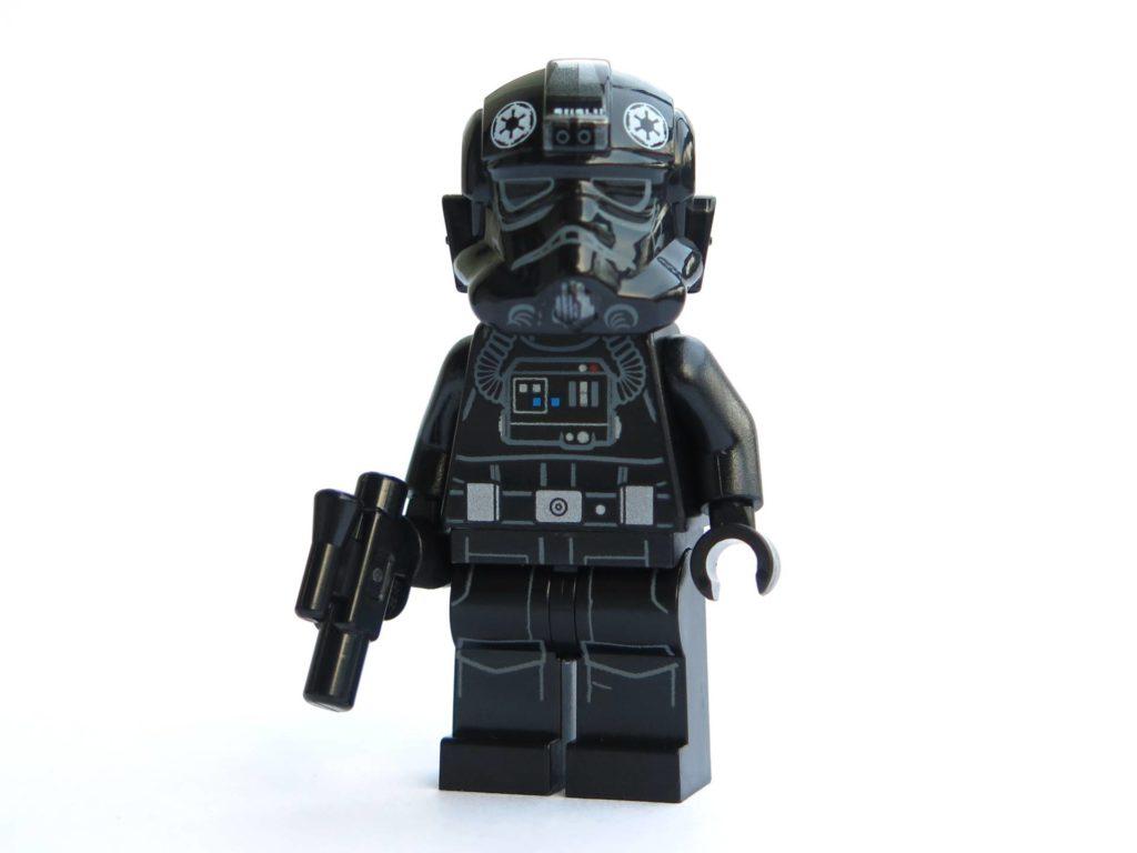 LEGO® 75211 - Minifigur Imperial Tie Fighter Pilot | ©2018 Brickzeit