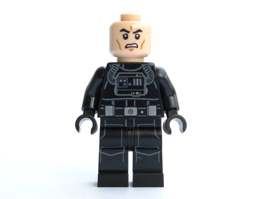 LEGO® 75211 - Minifigur Imperial Tie Fighter Pilot - Vorderseite ohne Helm | ©2018 Brickzeit