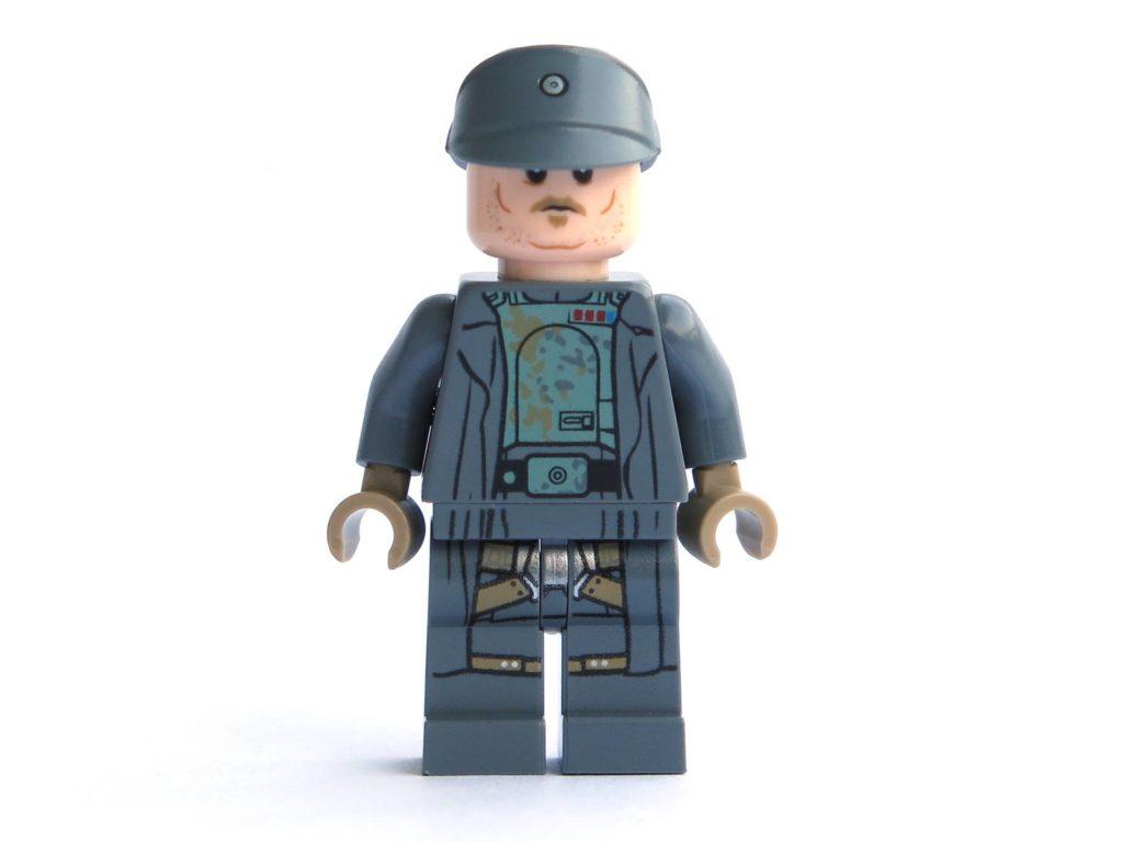 LEGO® 75211 - Minifigur Tobias Beckett - Vorderseite | ©2018 Brickzeit