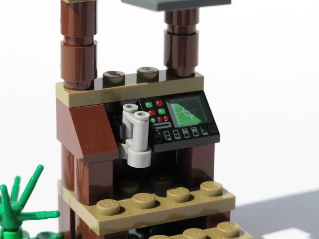 LEGO® Jurassic World Magazin Nr. 2 - Beobachtungsstand Fernglas und Radar | ©2018 Brickzeit