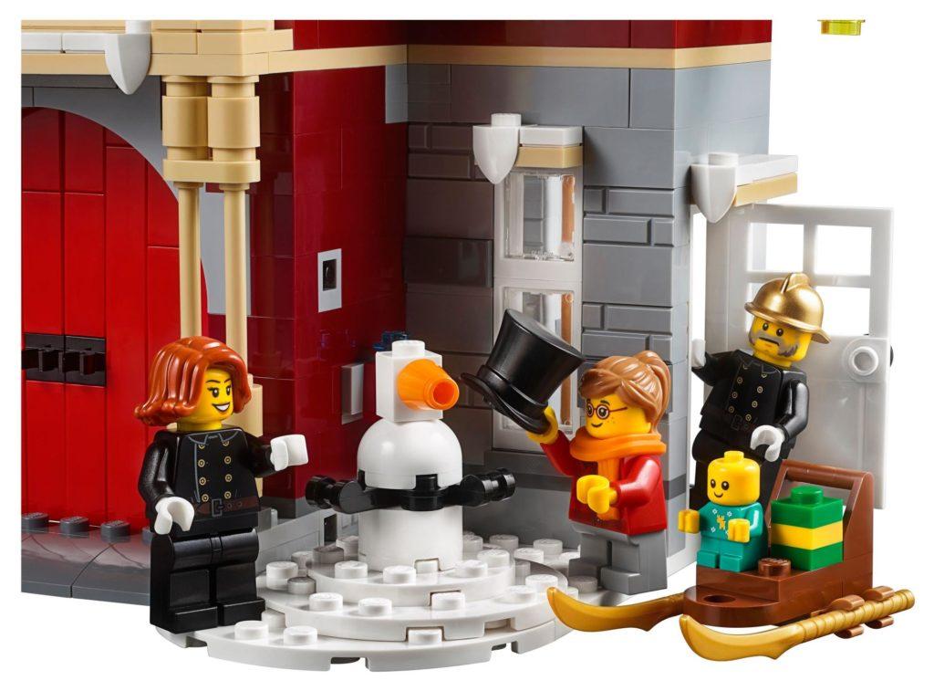 LEGO® Creator Expert 10263 Winter Village Fire Station 10263 - Bild 6 | ©LEGO Gruppe