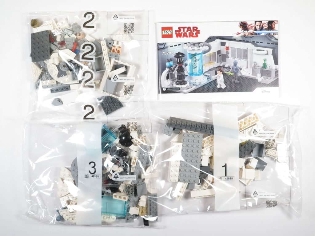 LEGO® Star Wars™ 75203 Heilkammer auf Hoth™ - Inhalt | ©2018 Brickzeit