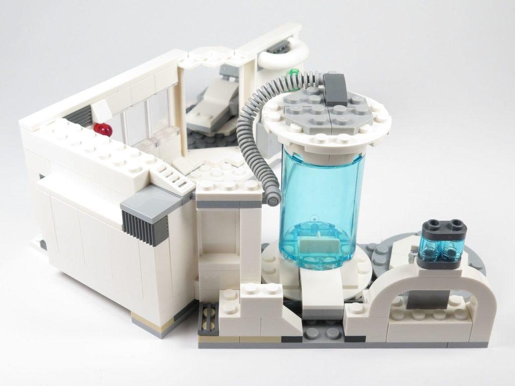 LEGO® Star Wars™ 75203 - Bauabschnitt 3 - Verbindungstelle erweitert | ©2018 Brickzeit