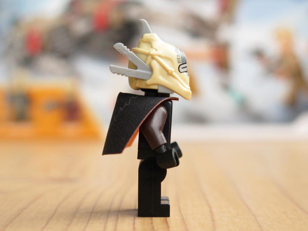 LEGO® Star Wars™ 75215 - Minifigur Enfys Nest - rechte Seite | ©2018 Brickzeit