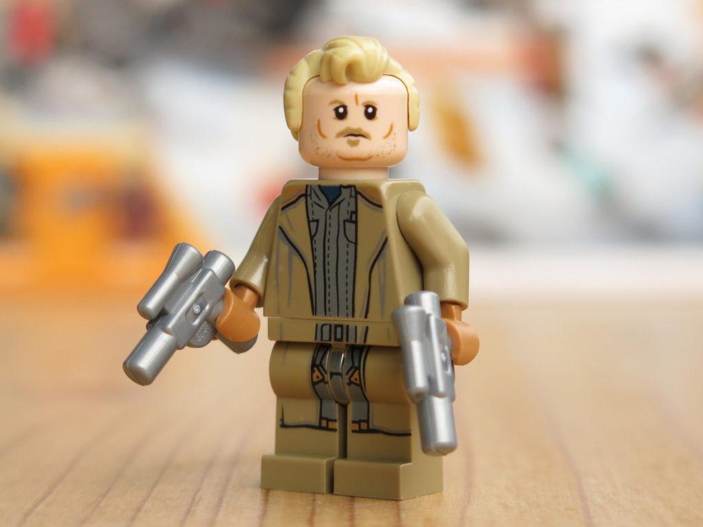 LEGO® Star Wars™ 75215 - Minifigur Tobias Beckett mit Zubehör | ©2018 Brickzeit