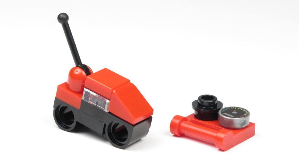 LEGO® City 60201 Adventskalender 2018 - Ferngesteuerte Motorräder, rot | ©2018 Brickzeit