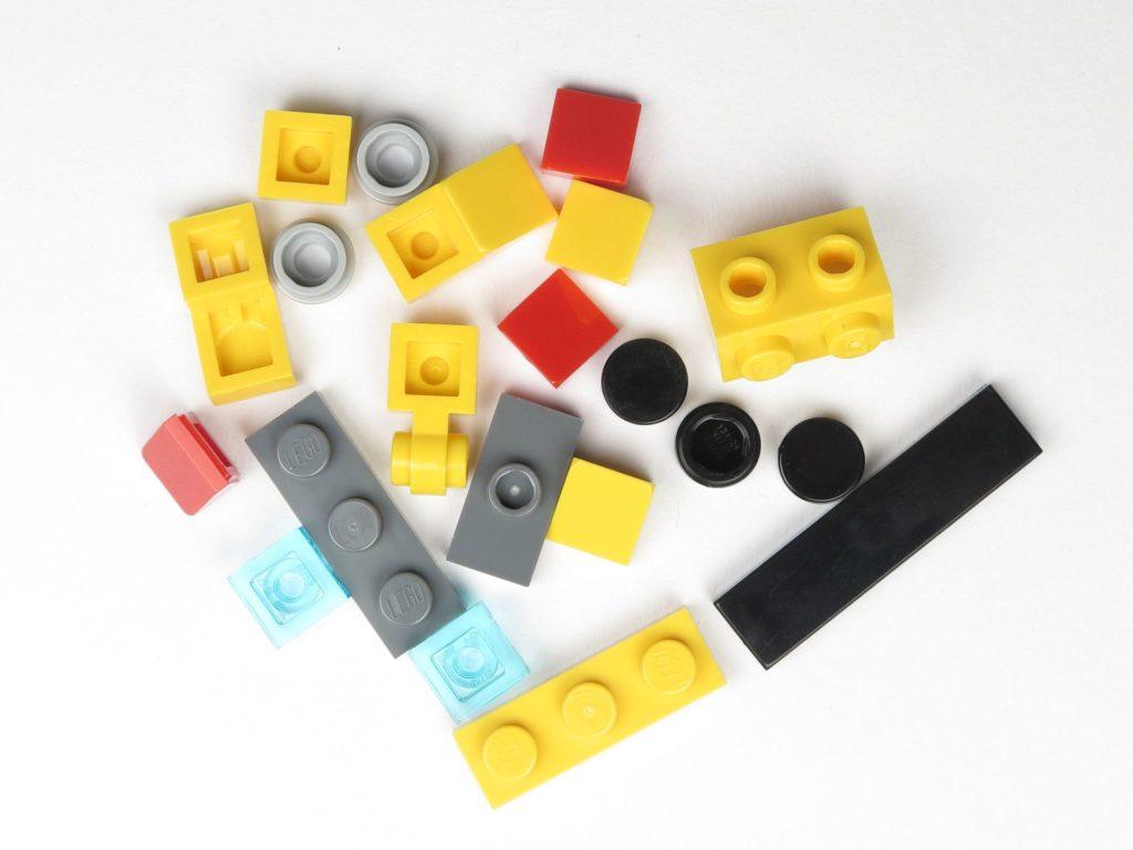 LEGO® City 60201 Adventskalender 2018 - Hubschrauber, Inhalt | ©2018 Brickzeit