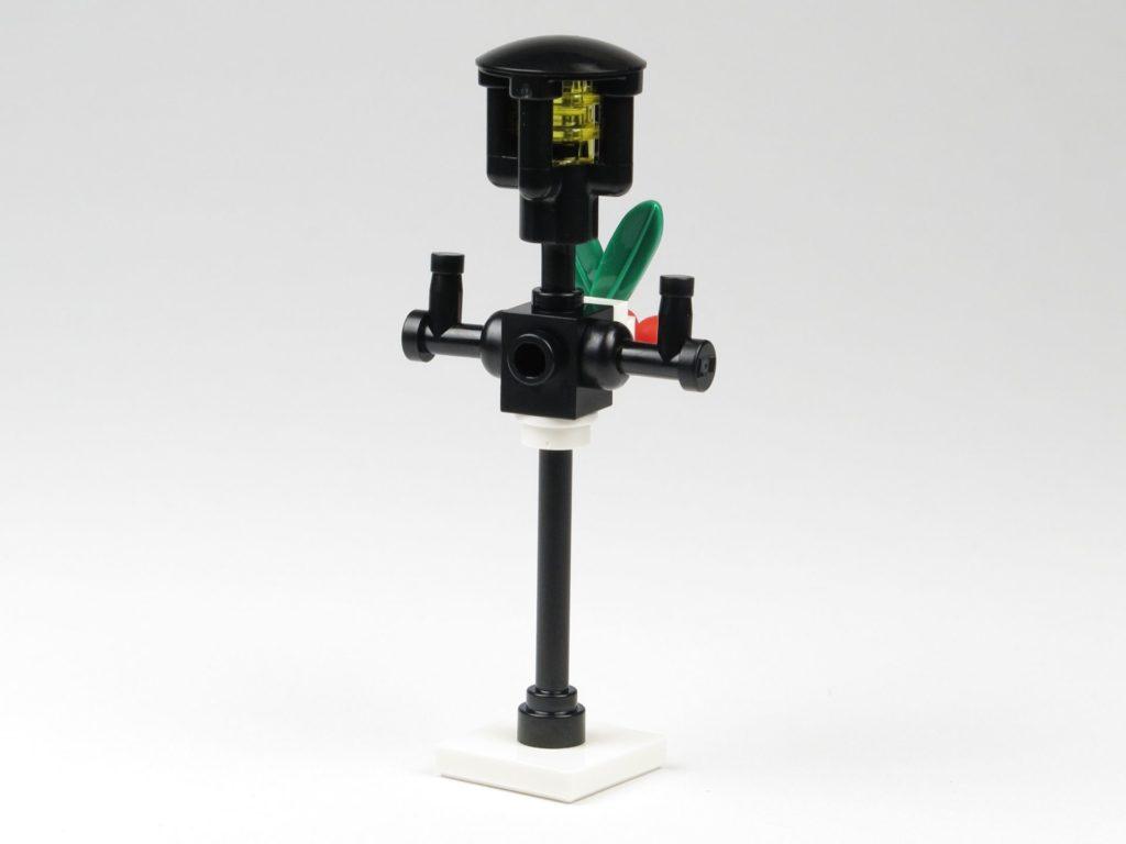 LEGO® City 60201 Adventskalender 2018 - Straßenlaterne, Rückseite | ©2018 Brickzeit