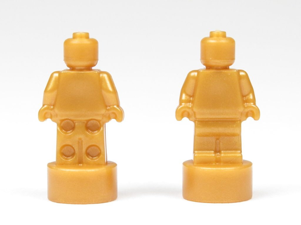 LEGO® City 60201 Adventskalender 2018 - Goldfarbene Microfiguren für Weihnachtsbaum, Vorder- & Rückseite | ©2018 Brickzeit