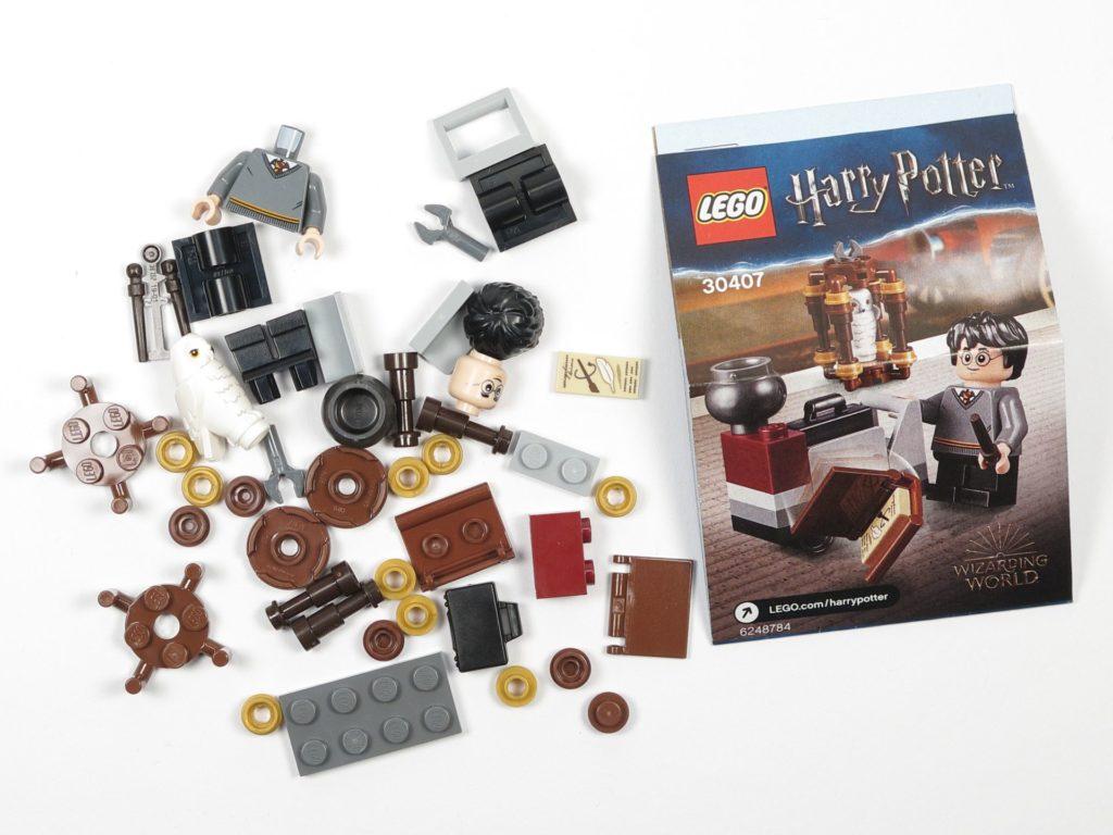 LEGO® Harry Potter 30407 - Harry's Journey to Hogwarts - Polybag-Inhalt | ©2018 Brickzeit