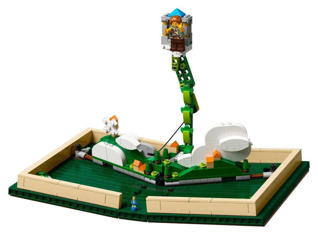LEGO® Ideas 21315 Pop-Up-Buch - Hans und die Bohnenranke | ©LEGO Gruppe