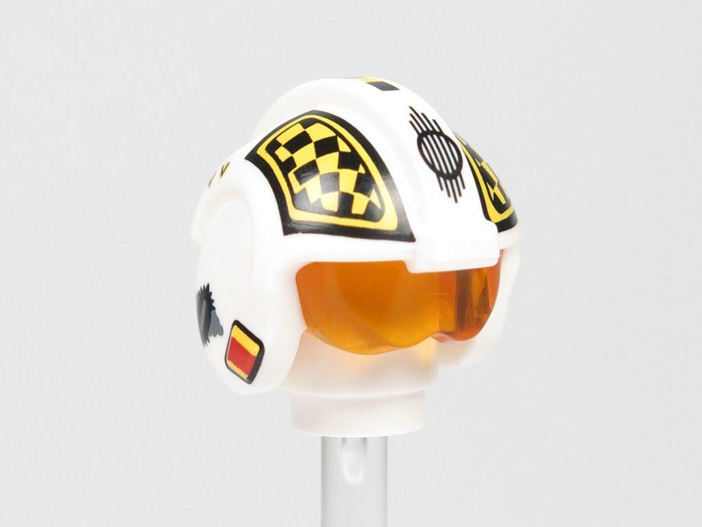 LEGO® Star Wars™ 75218 - Minifigur Biggs Darklighter - Helm, vorne rechts | ©2018 Brickzeit