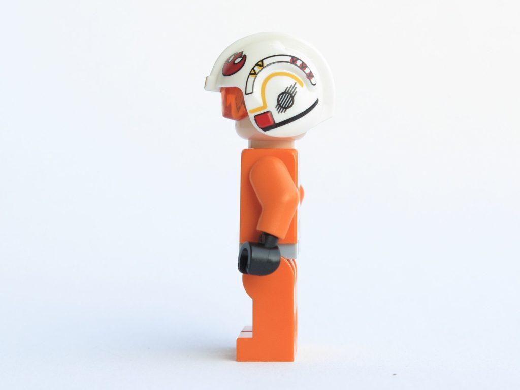 LEGO® Star Wars™ 75218 - Minifigur Luke Skywalker - linke Seite | ©2018 Brickzeit