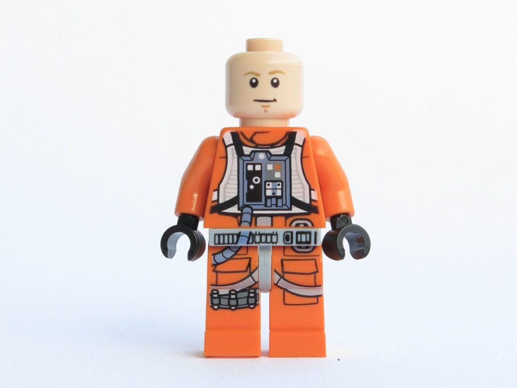 LEGO® Star Wars™ 75218 - Minifigur Luke Skywalker - ohne Helm, Gesicht 1 | ©2018 Brickzeit