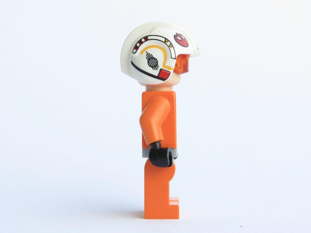 LEGO® Star Wars™ 75218 - Minifigur Luke Skywalker - rechte Seite | ©2018 Brickzeit