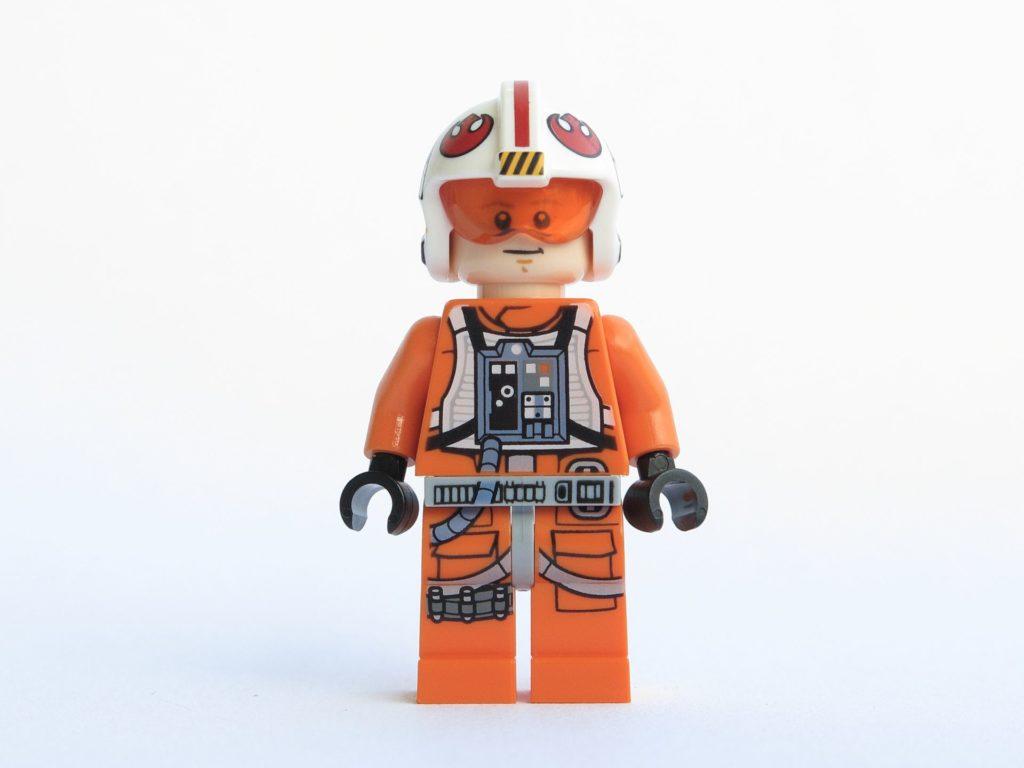 LEGO® Star Wars™ 75218 - Minifigur Luke Skywalker - Vorderseite, Gesicht 1 | ©2018 Brickzeit