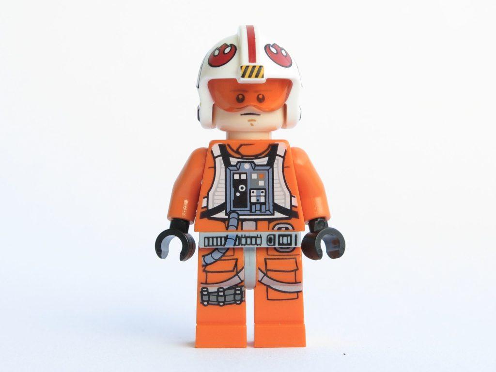 LEGO® Star Wars™ 75218 - Minifigur Luke Skywalker - Vorderseite, Gesicht 2 | ©2018 Brickzeit