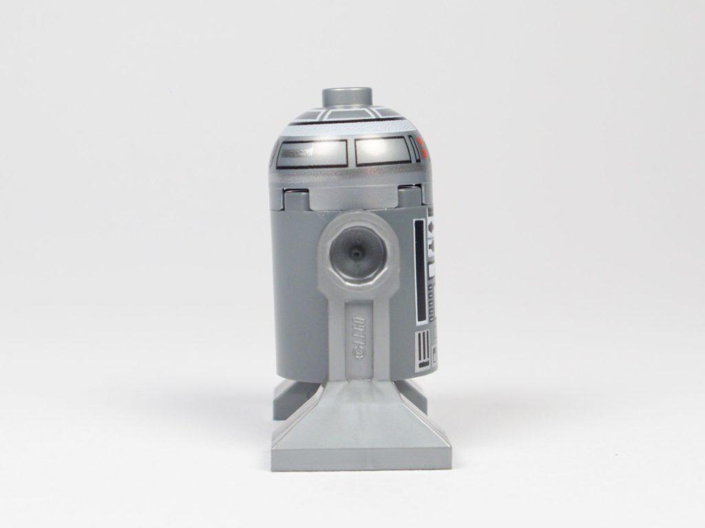 LEGO® Star Wars™ 75218 - Droide R2-Q2 - rechte Seite | ©2018 Brickzeit