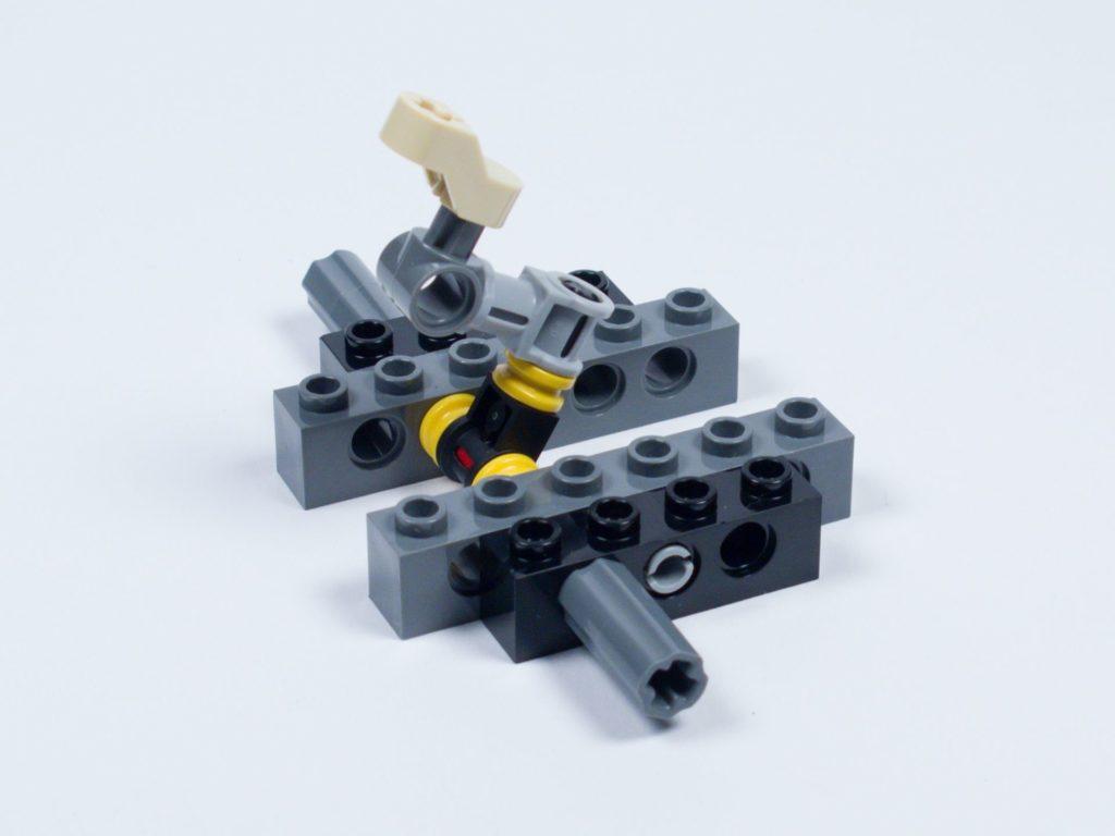 LEGO® Star Wars™ 75218 - Bauabschnitt 1 - Bild 11 | ©2018 Brickzeit